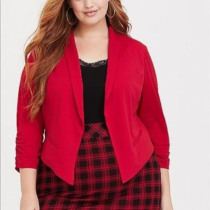 Nwt Torrid size 4 Red Woven Crepe Blazer